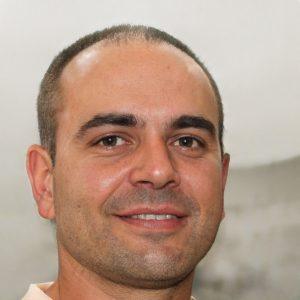 Dr Aragona