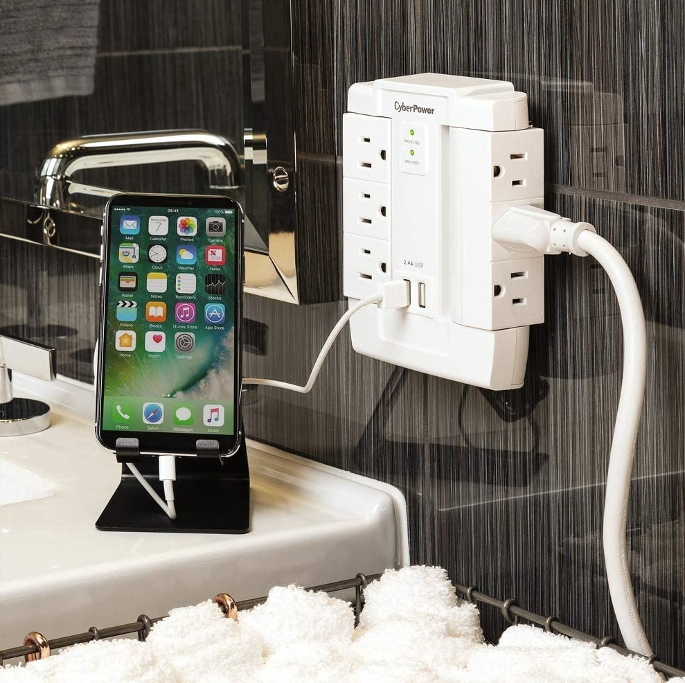 CyberPower used to charge iPhone