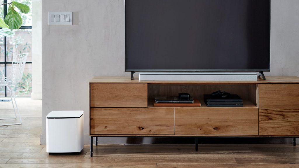 Bose Soundbar 700 in white in the living room