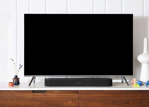 Sonos Beam placed below a tv