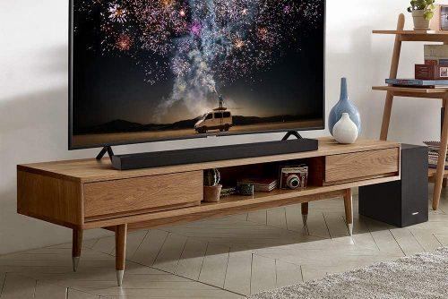 Samsung R450 on wooden cabinet