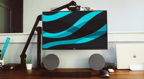 LG Monitor with keyboard